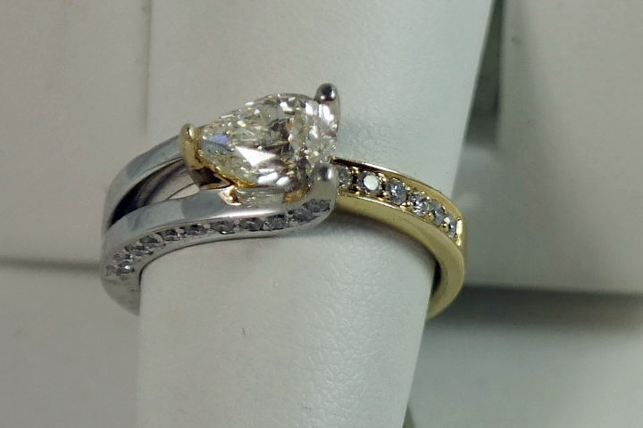 102 pear shape diamond engagement ring the diamond for Wedding ring consignment